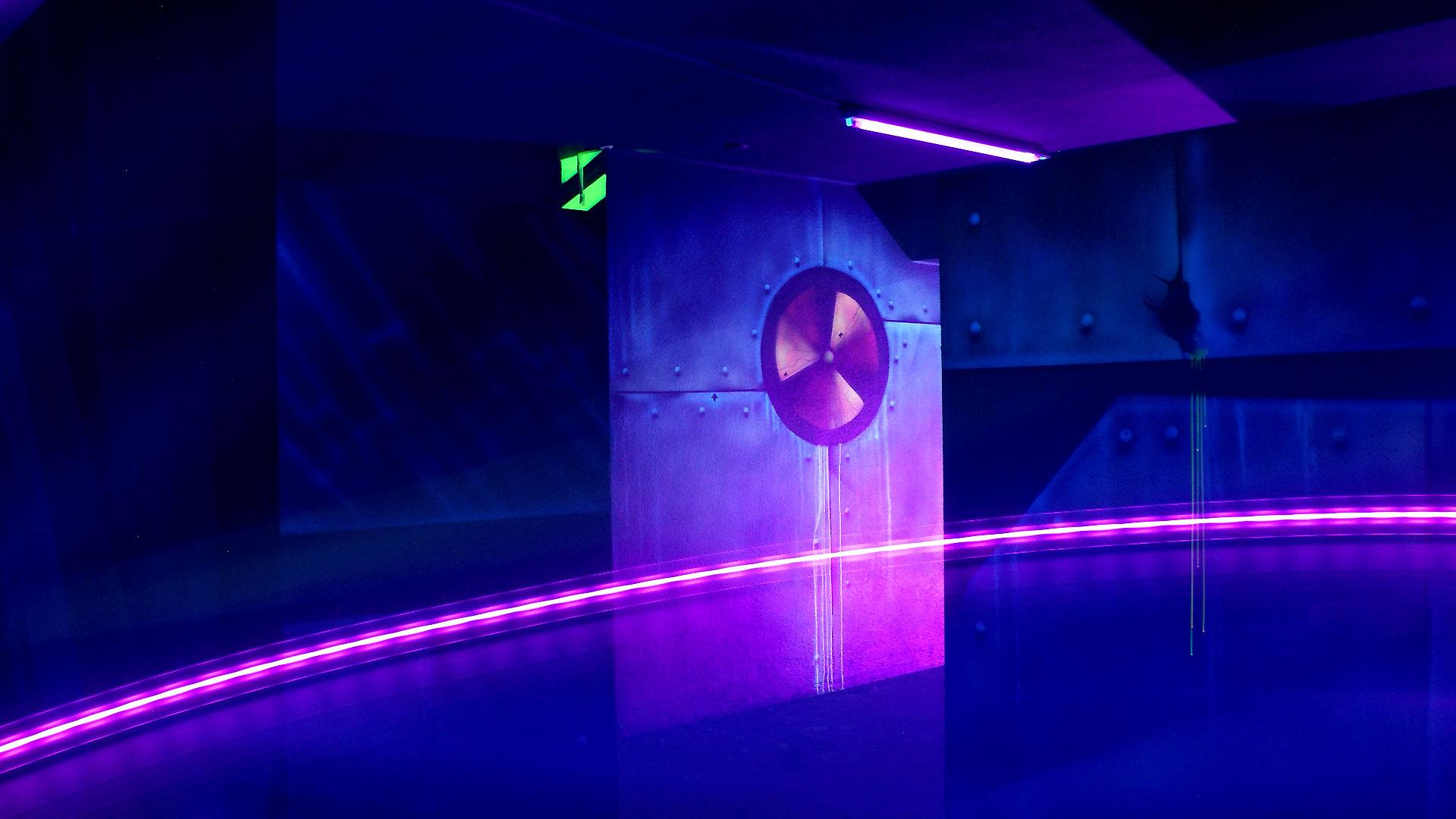 Schwarzlichttheater